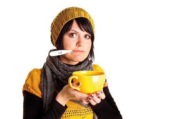 Wer infolge von Krankheit arbeitsunfähig ist, hat das Recht, zu Hause zu bleiben, auch wenn das dem/ der ChefIn nicht immer gefallen mag. (Bild: mdworschak - Fotolia.com)