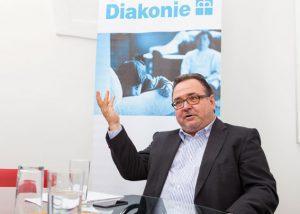 """Interview mit Michael Chalupka: """"Vermögensbezogene Steuern sind ein Muss"""""""