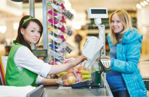 Handelslehrlinge: Ran an die Kunden!