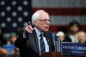 Bernie Sanders gelingt es, vor allem junge AmerikanerInnen und Randgruppen anzusprechen. (Foto: Charlie Neibergall, picturedesk.com)