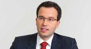 AMS-Vorstand Johannes Kopf spricht mit der KOMPETENZ über persönliche Erfolge und die großen Herausforderungen der österreichischen Arbeitsmarktpolitik. Foto: AMS, Spiola