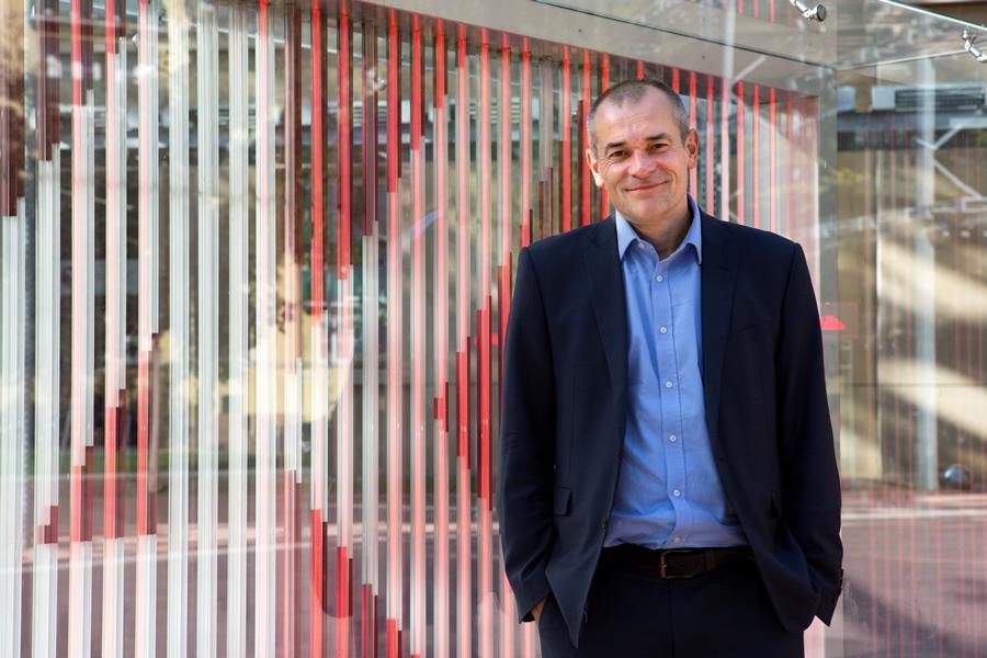 """Simon Dubbins ist internationaler Sekretär der Gewerkschaft """"unite"""", der größten Gewerkschaftsorganisation in Großbritannien. Sie vertritt rund 1,4 Mio. Mitglieder in 21 Fachbereichen, darunter so wichtige Zweige wie Auto- und Druckindustrie. Foto: Nurith Wagner-Strauss"""