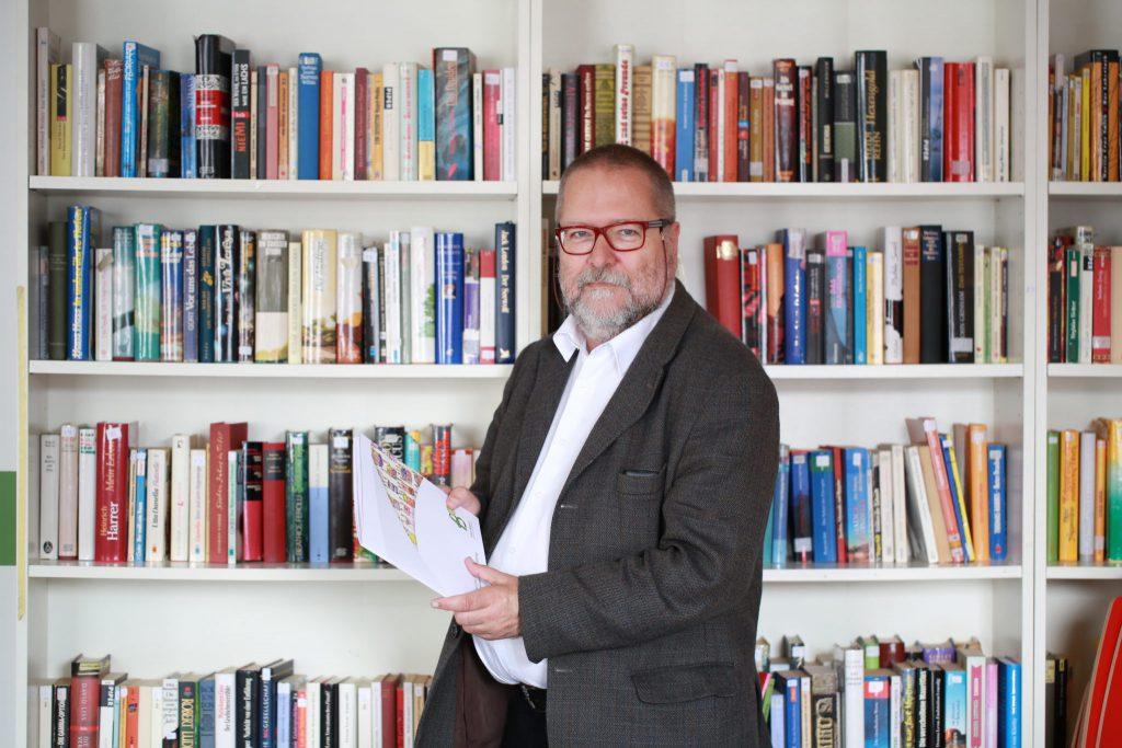 """Tom Schmid, Geschäftsführer von """"DAS BAND – gemeinsam vielfältig"""""""